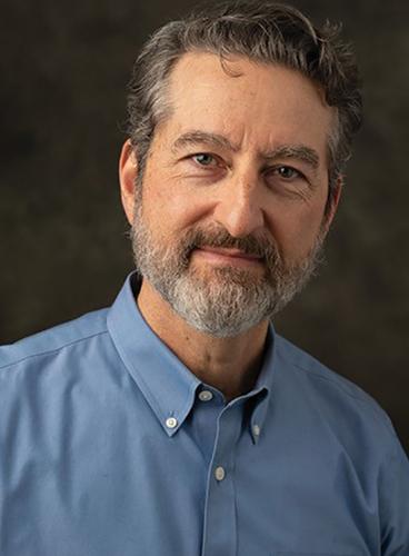 Dr. Lionel Marks de Chabris